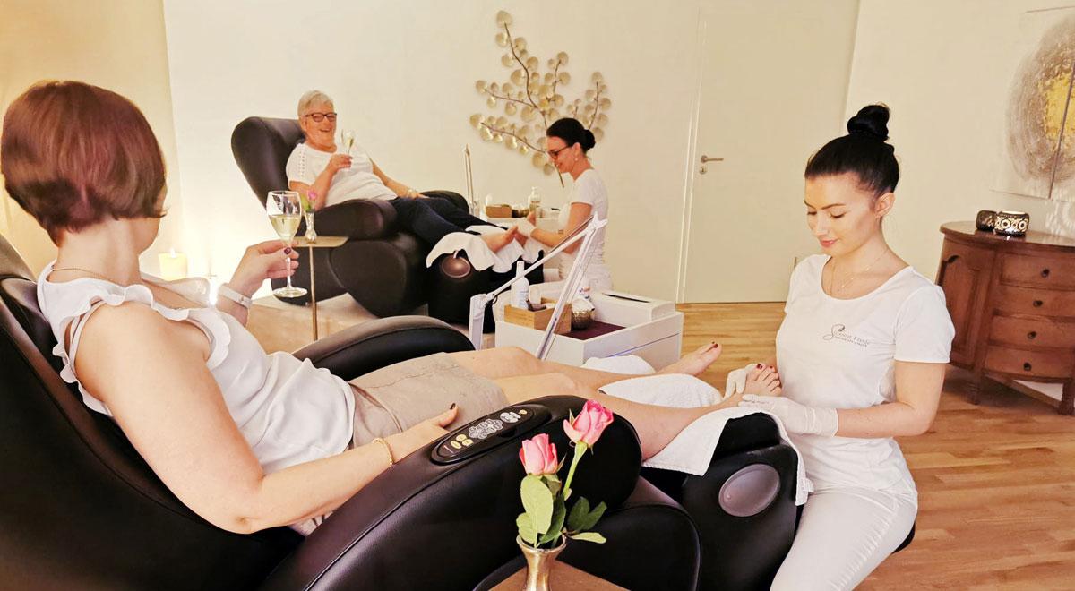 «Me-Time» in der neuen Fuss-Lounge des Susanne Khan Schönheits-Atelier